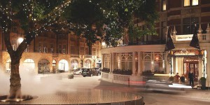 HOTELL I LONDON: THE CONNAUGHT HOTEL